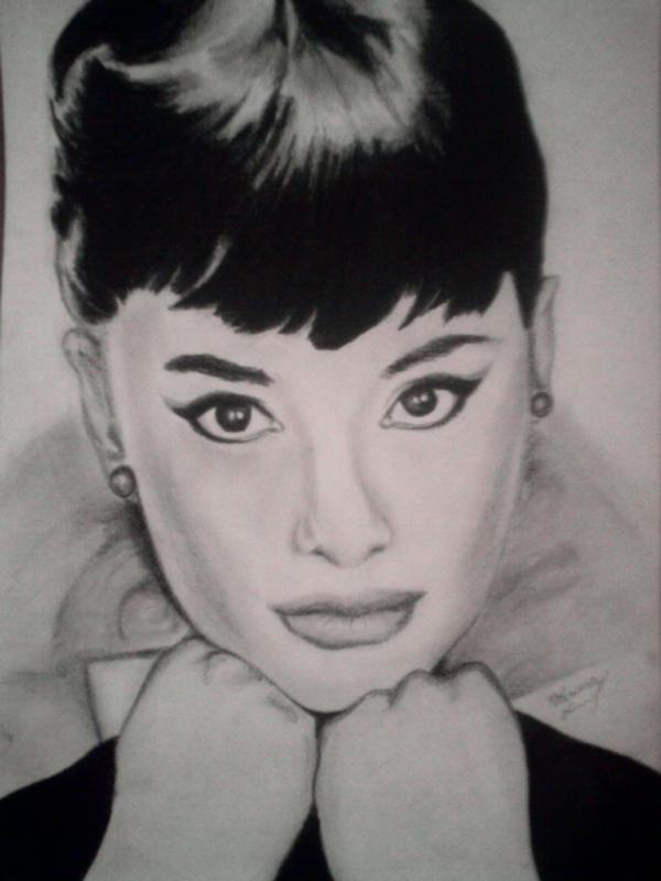 Audrey Hepburn by Vanesa.S